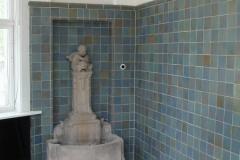 2010 1.6 - D Sanierte Wand mit Befeuchtungsbrunnen
