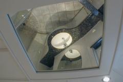 2002 - 1.4 und Deckenpaneele mit Spiegeleinlegern